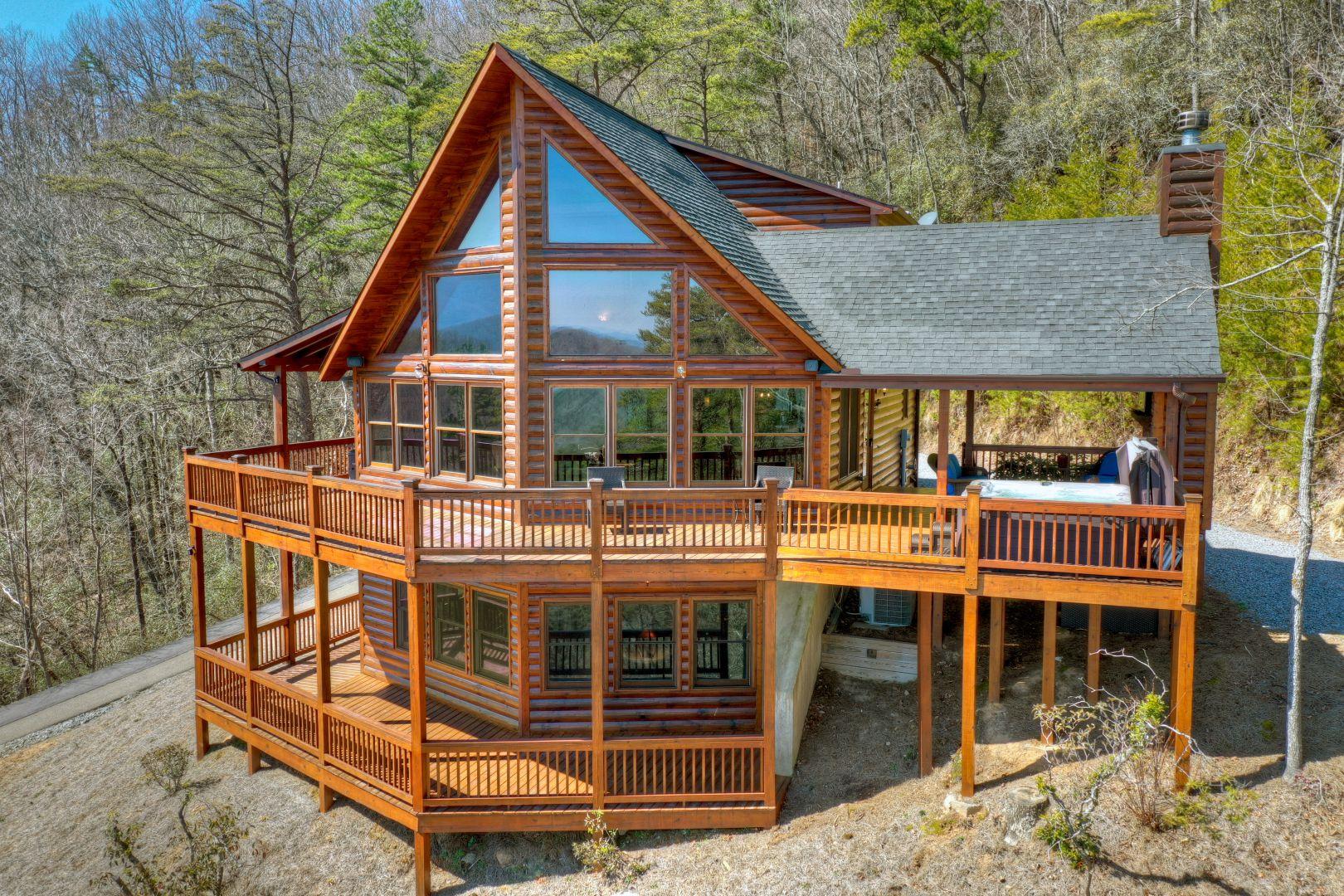 Sundance Above The Clouds | North Georgia Cabin Rentals