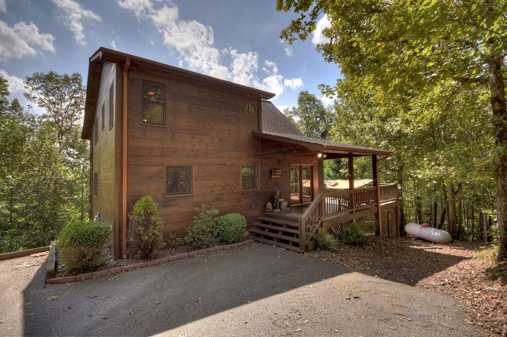 Moose Crossing Lodge | North Georgia Cabin Rentals