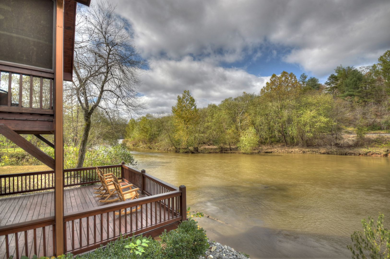 River's Bear Lair | North Georgia Cabin Rentals