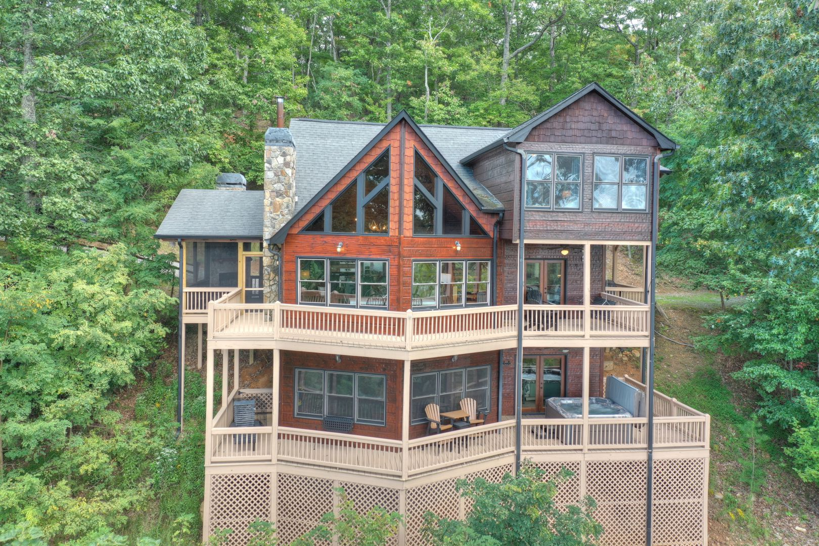 Selah View Lodge Rental Cabin