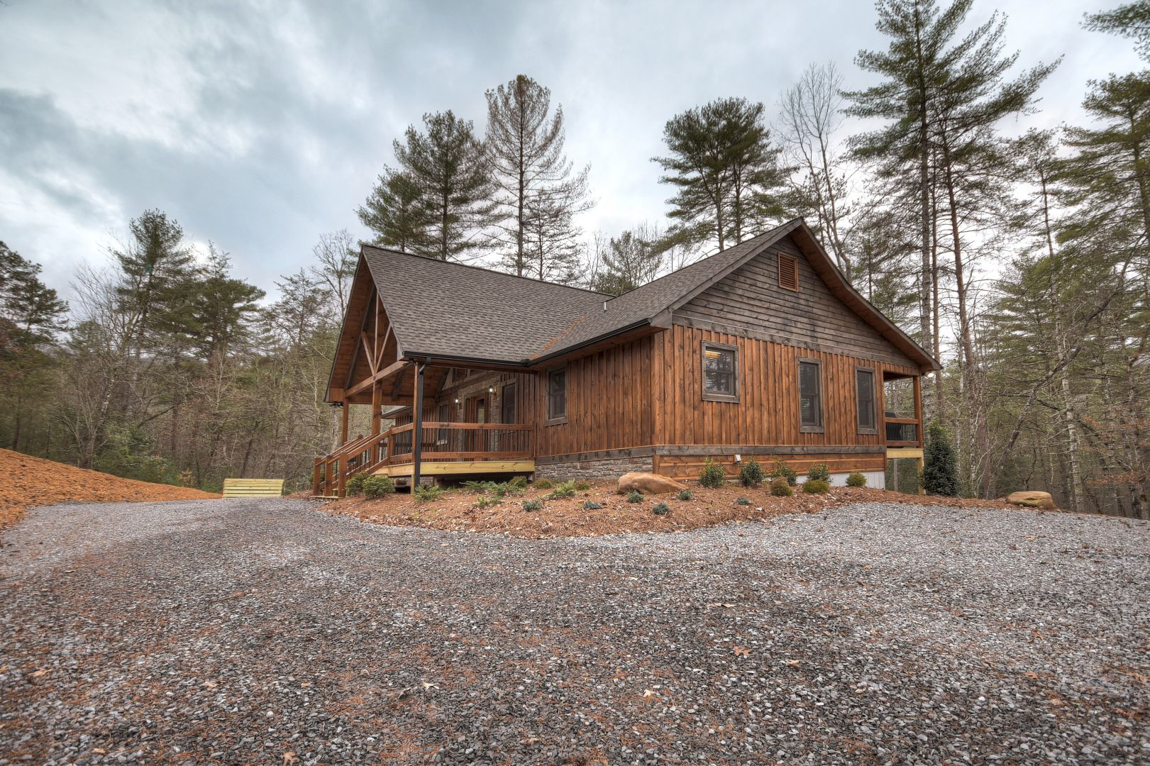 Moonshine Magic Manor Cabin Rental