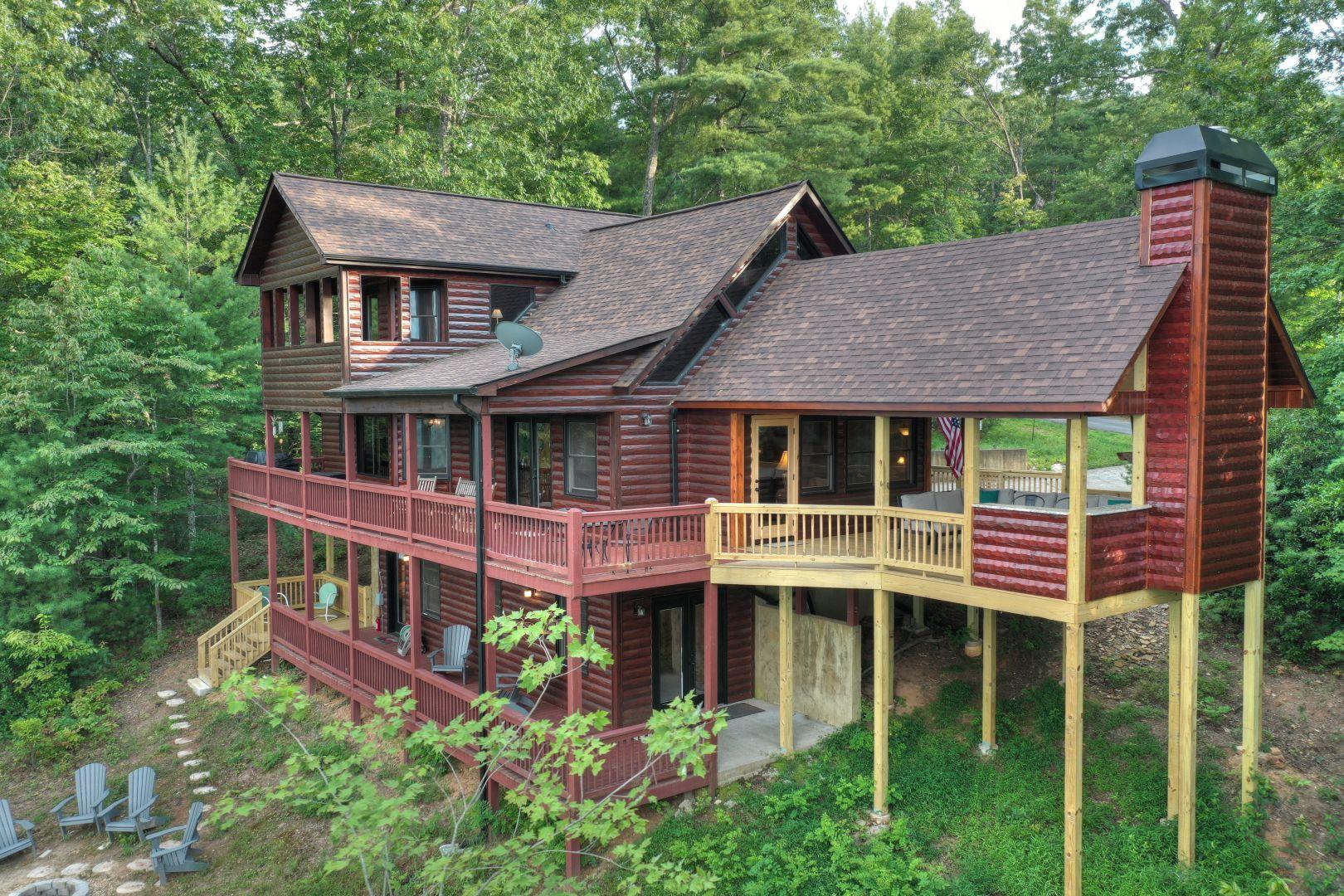 Vistas Over Aska Rental Cabin