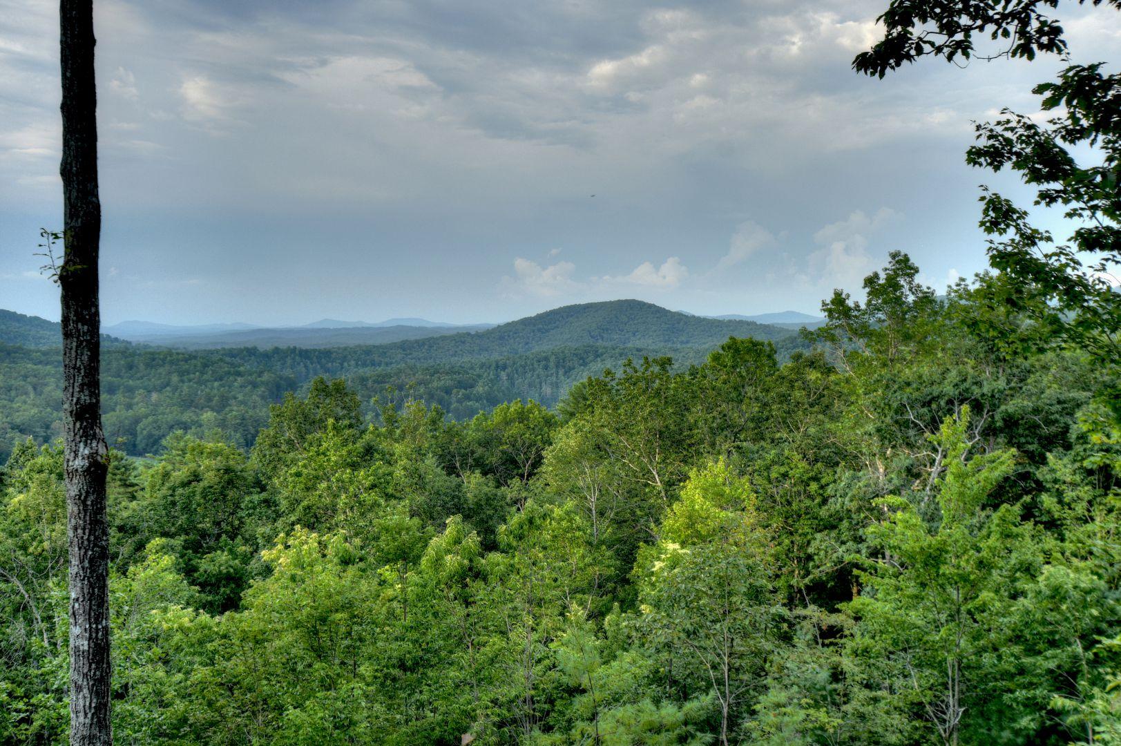 Vistas Over Aska Cabin Rental