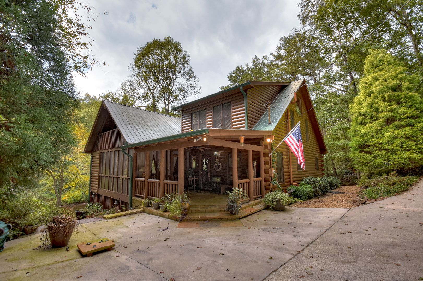 Fade Away on Fightingtown Cabin Rental