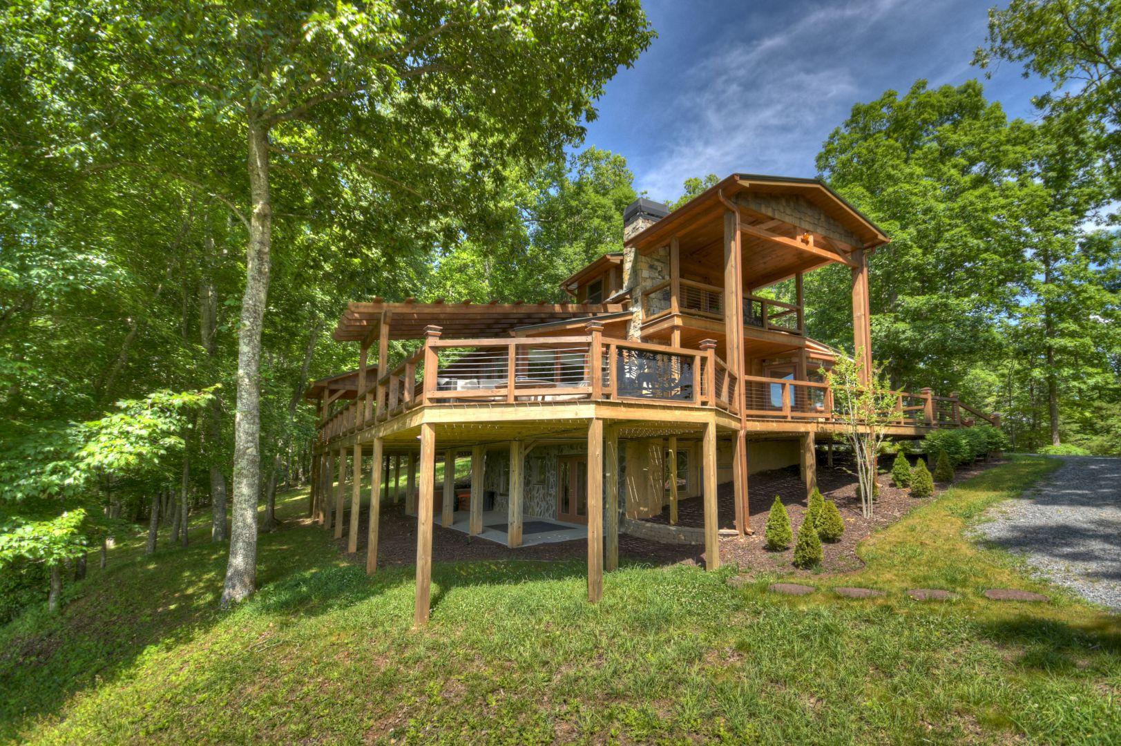 Sunset Ridge | North Georgia Cabin Rentals