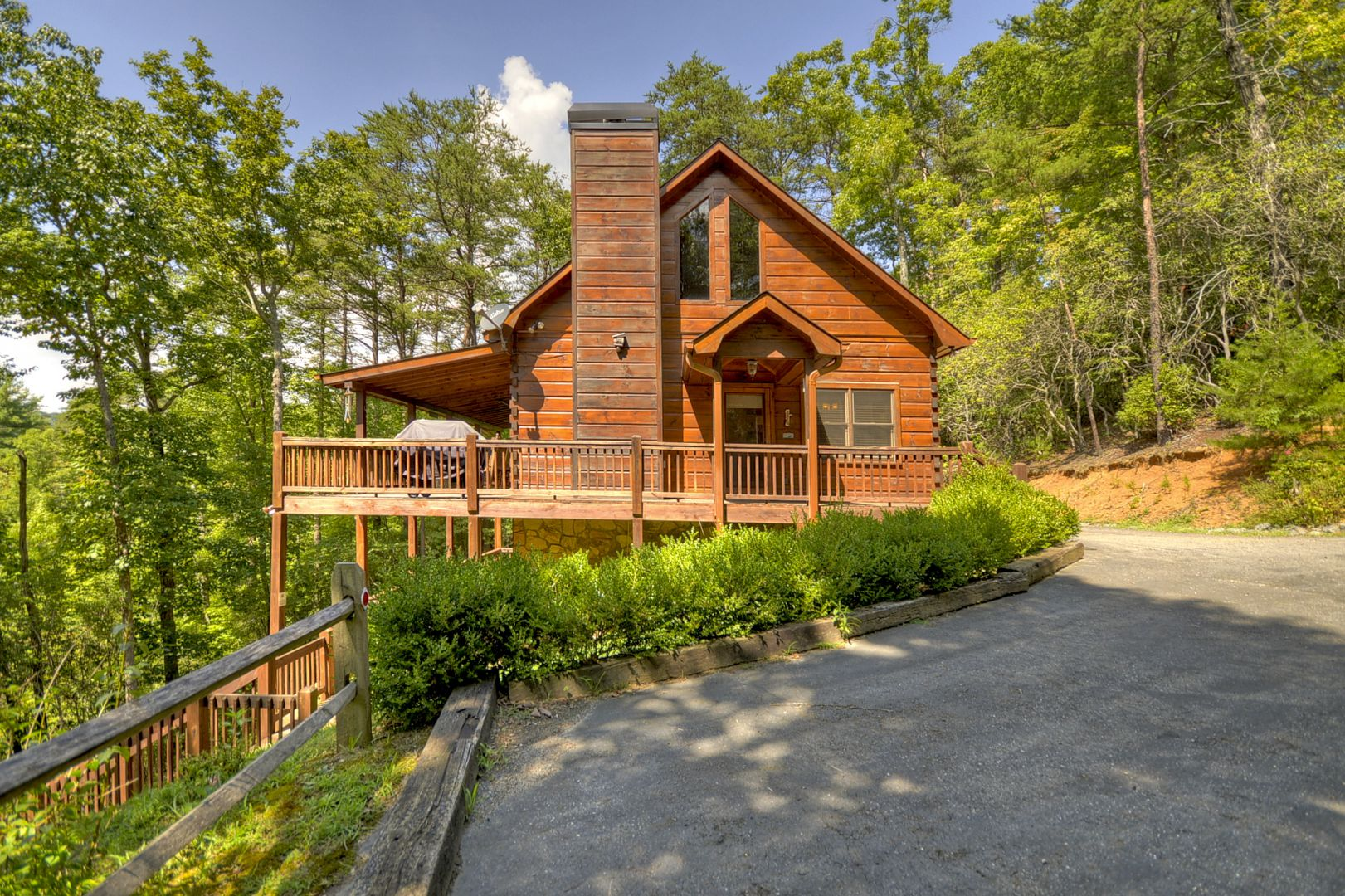 Aska La Vista Rental Cabin Cuddle Up Cabin Rentals