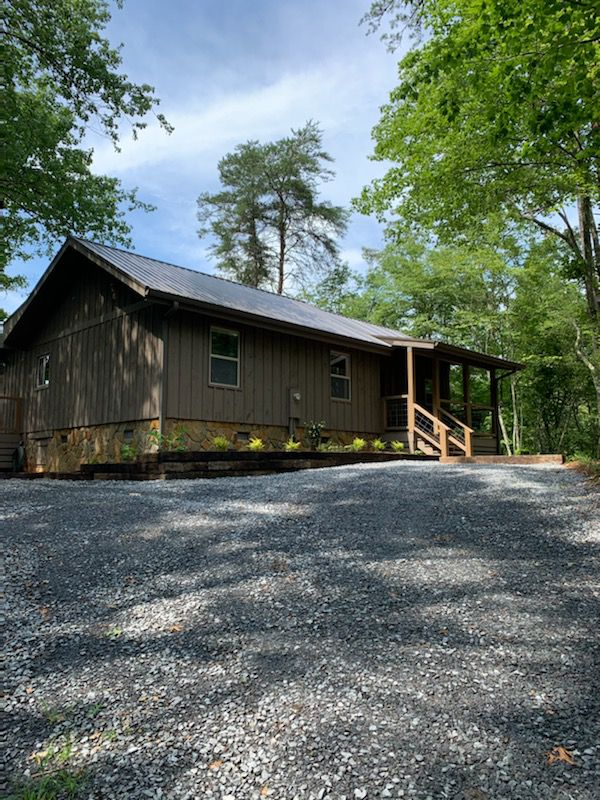Blueberry Hill | North Georgia Cabin Rentals