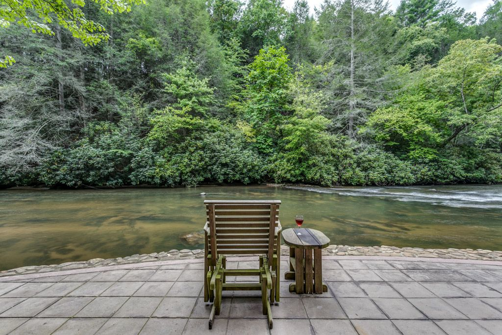 Trinity Waters | North Georgia Cabin Rentals