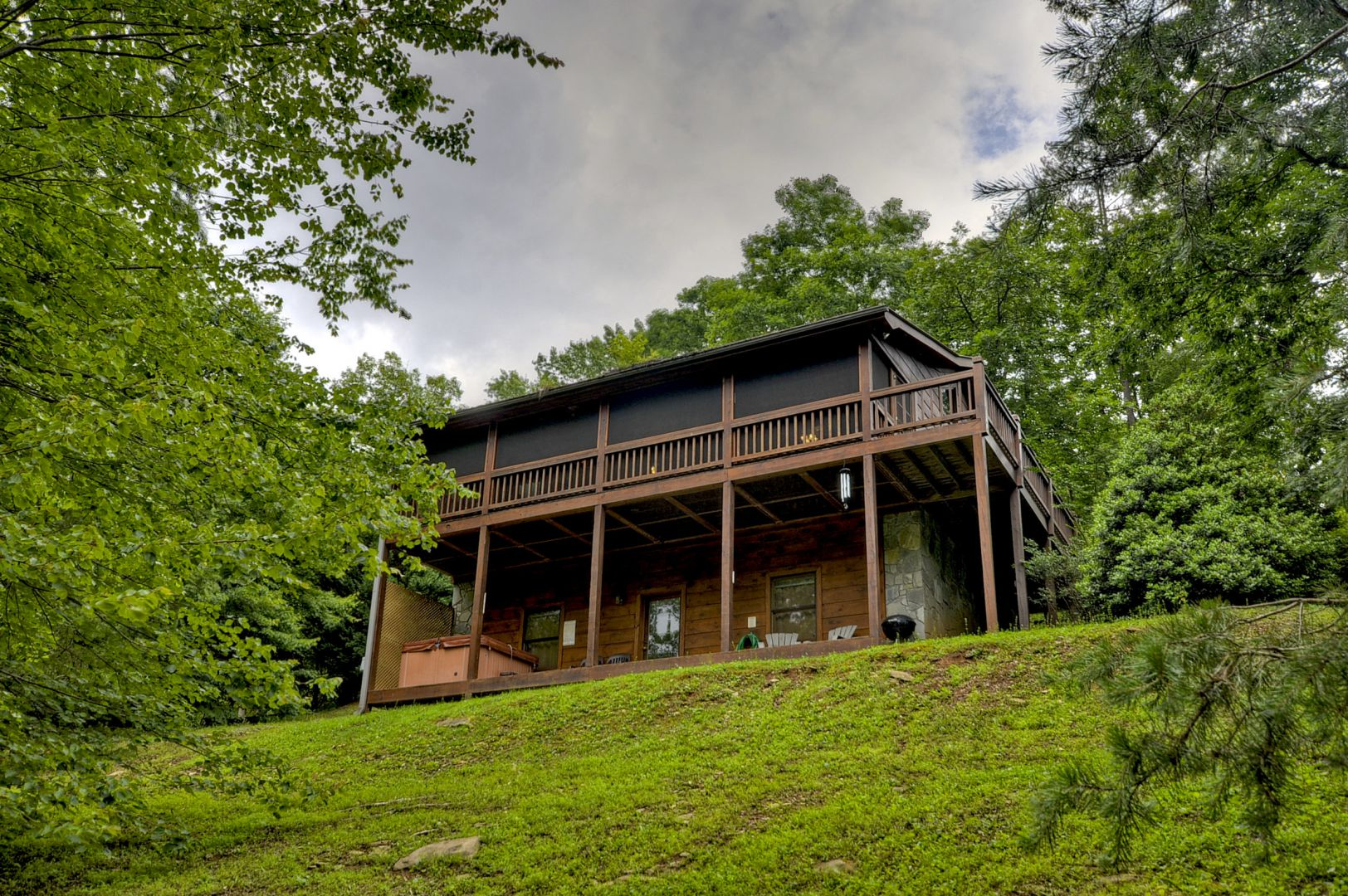 Sugar Creek Retreat Cabin Rental