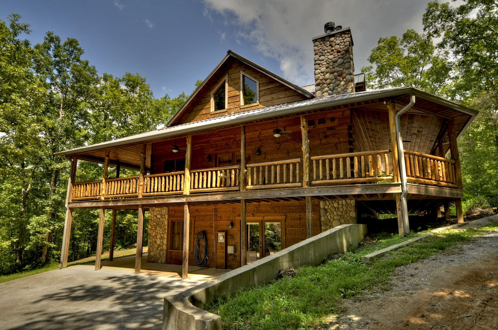 Hidden Creek Cabin Rental