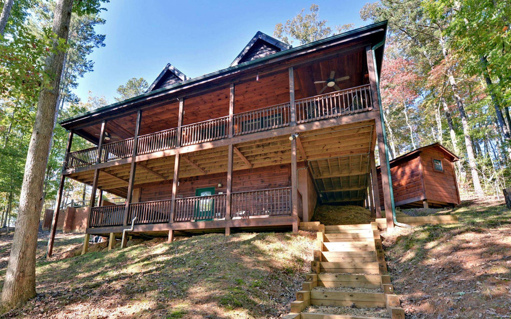 100 Acre Wood Rental Cabin