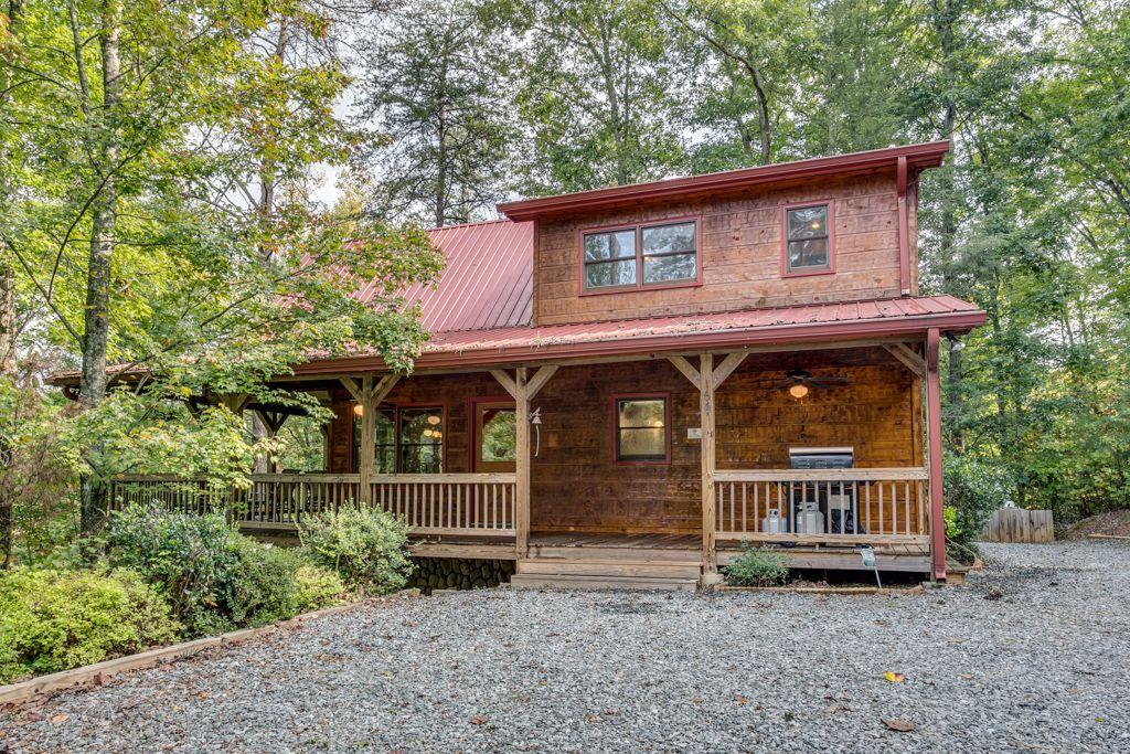 On Golden Pond Rental Cabin