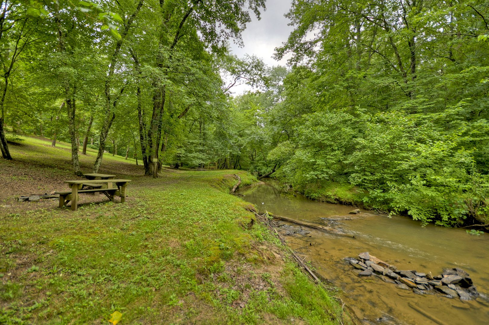 Sugar Creek Retreat Rental Cabin