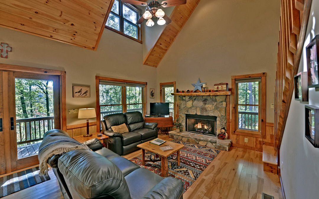 100 Acre Wood Rental Cabin Cuddle Up Cabin Rentals