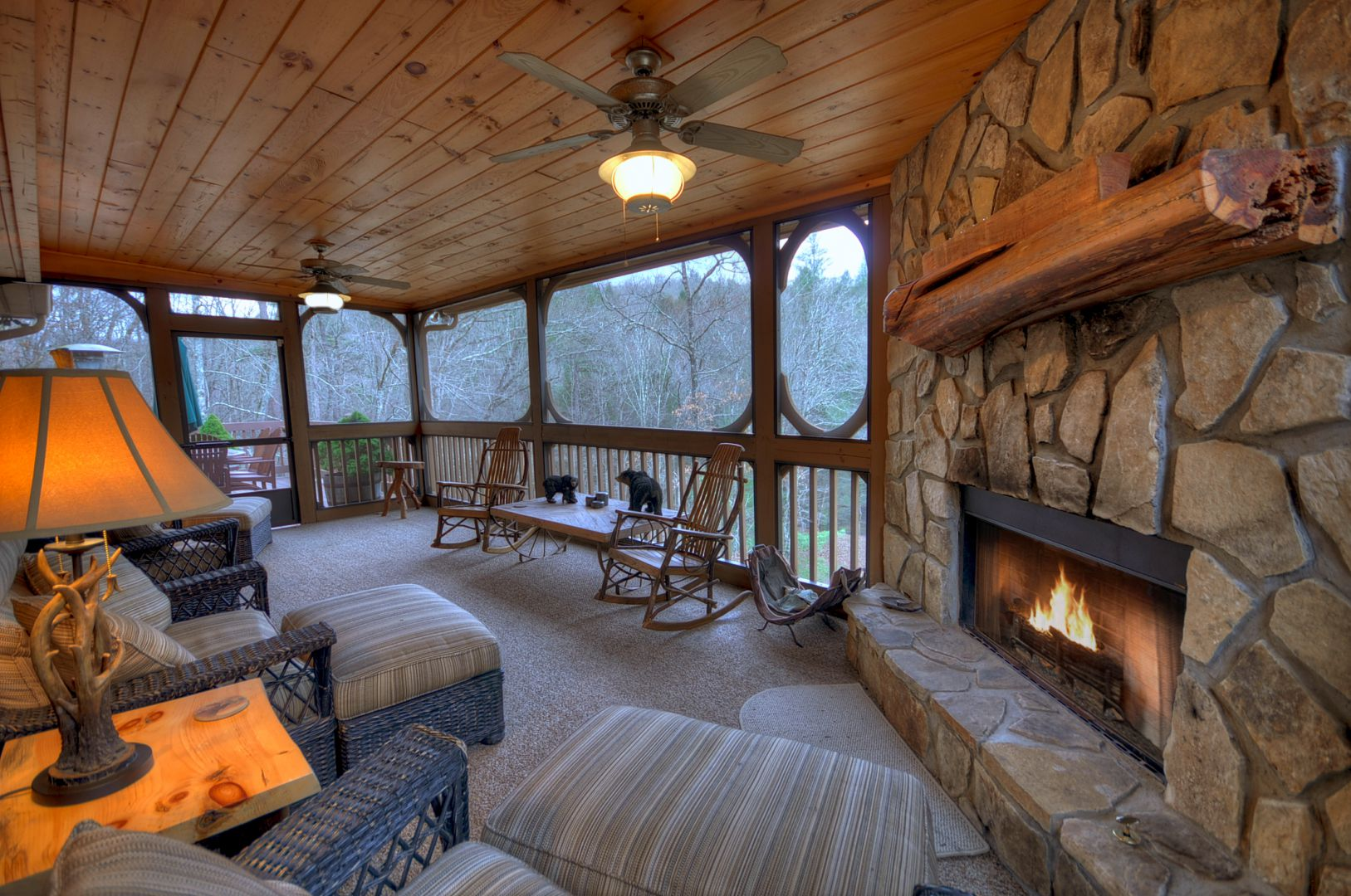 Cool Chill N By The Creek Rental Cabin Cuddle Up Cabin Rentals Download Free Architecture Designs Sospemadebymaigaardcom