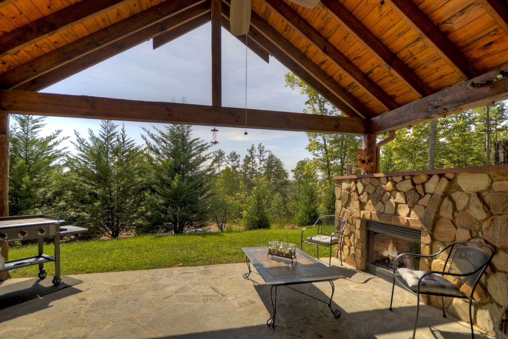 Fox Run Lodge Rental Cabin | Cuddle Up Cabin Rentals on Blue Fox Outdoor Living id=98312