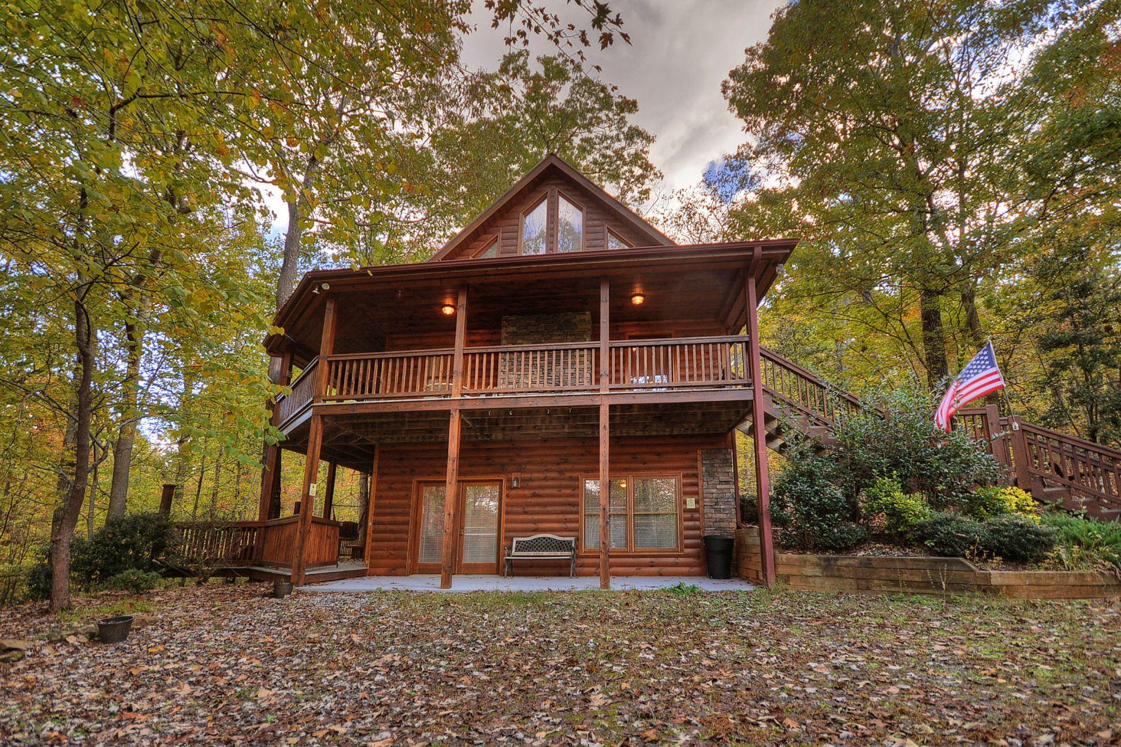Hikers Crossing Rental Cabin | Cuddle Up Cabin Rentals