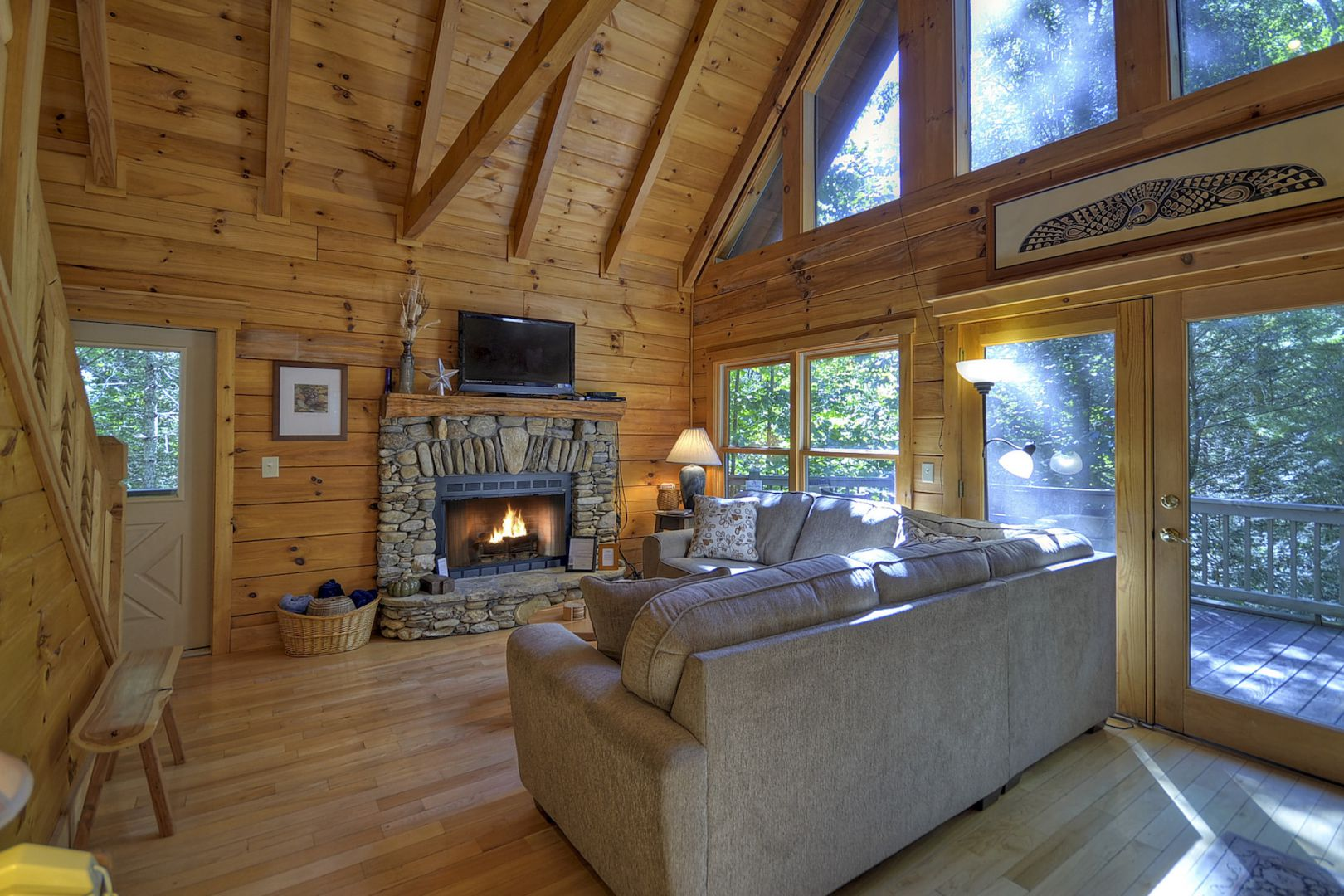 Excellent Thunder Falls Rental Cabin Cuddle Up Cabin Rentals Download Free Architecture Designs Sospemadebymaigaardcom